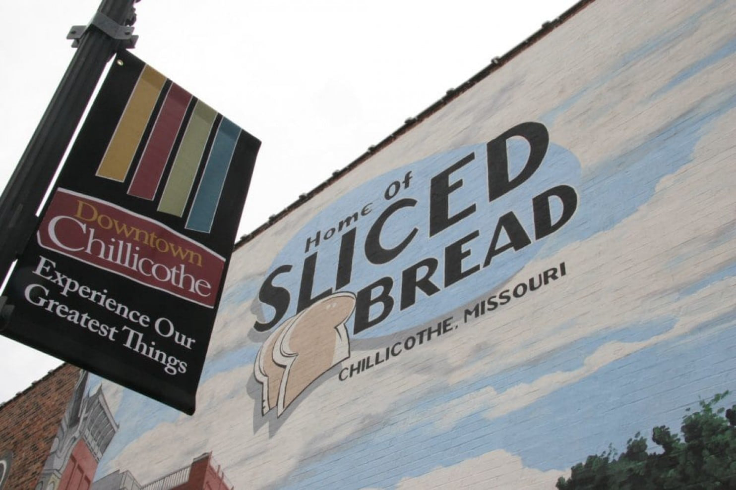 Downtown Chillicothe, Mo., where a mural celebrates the town's slogan,