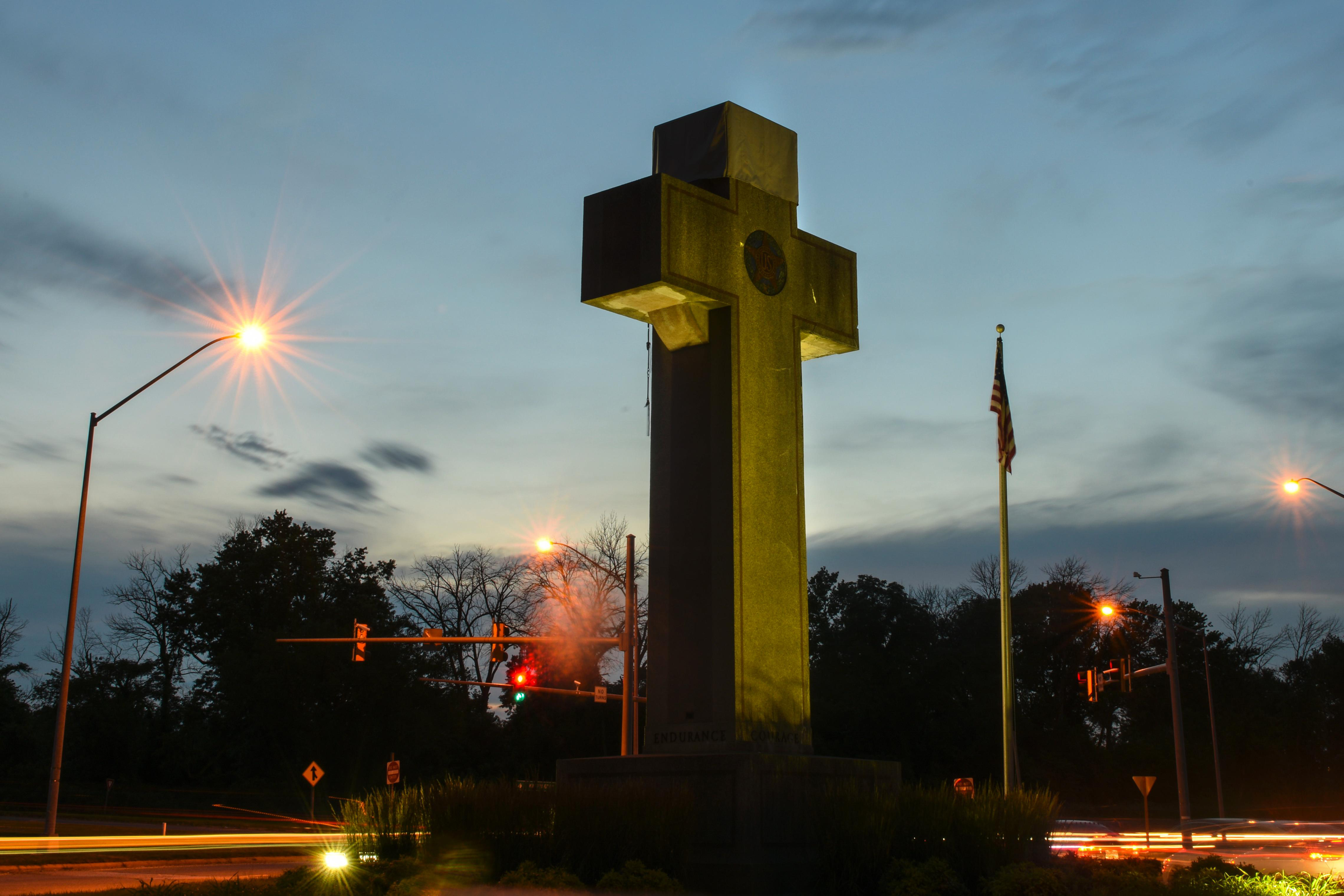 Supremes rule that giant cross honoring military dead may remain on public land